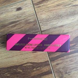 Mac lipstick Saucy little darling Brand New